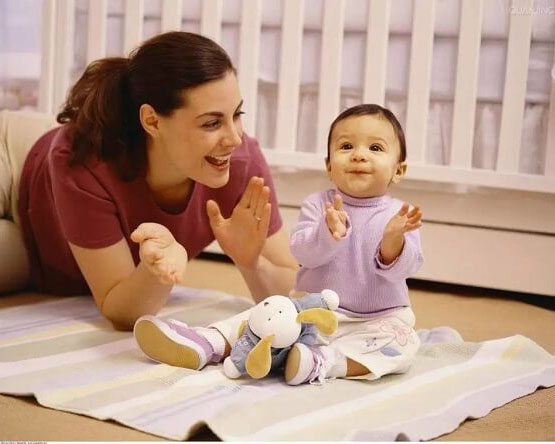 Học lỏm cách nuôi con của mẹ Mỹ vừa thông minh mà lại an nhàn