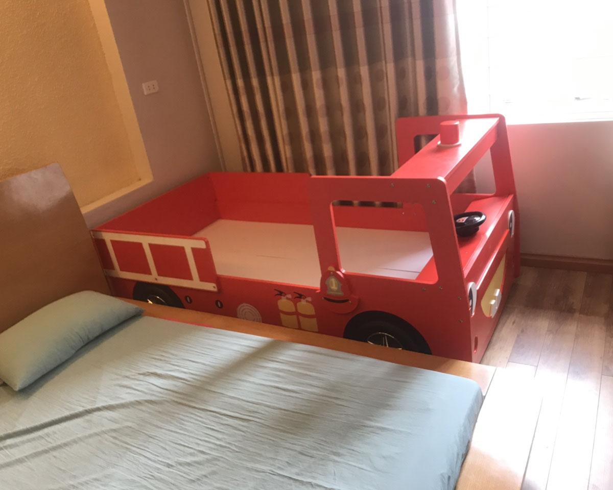 Công trình thi công giường ngủ hình ô tô cho bé Bin tại Hà Đông – Hà Nội
