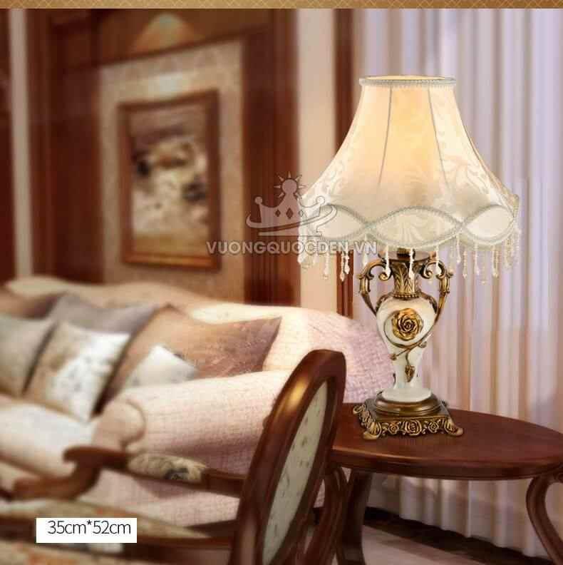 TOP 10 mẫu đèn bàn cổ điển được ưa chuộng nhất