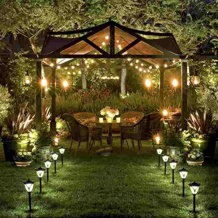 Gợi ý những mẫu đèn trang trí quán cafe sân vườn chất lượng, đẹp mắt