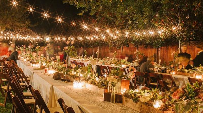 Trang trí đám cưới đẹp lung linh, quyến rũ với đèn chùm