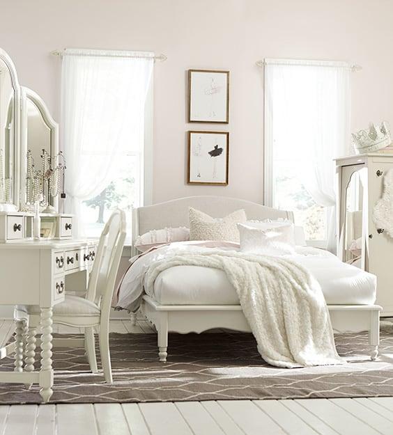 Tuyển tập 20 mẫu phòng ngủ tân cổ điển màu trắng đẹp nhất mọi thời đại